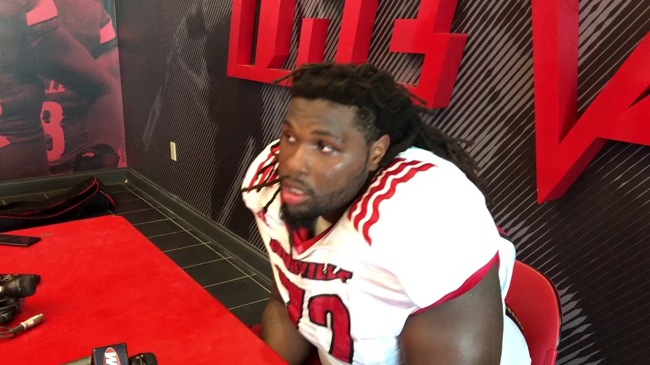 reputable site dd3a4 1b978 Louisville OL Lukayus McNeil before Alabama game