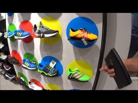 348.1 Фирменный магазин Адидас (Adidas) в Индии. Цены на кроссовки, одежду и что там продают