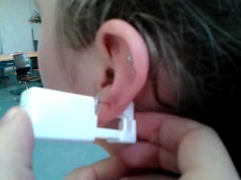 Ohrringe stechen tut weh
