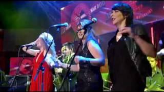 Laura Vane & The Vipertones - Live @ DWDD - Man of Your Word (2009)