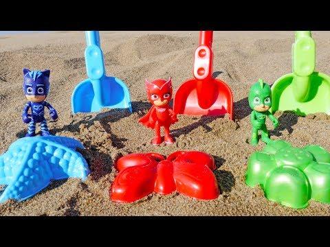 Видео для детей: Герои в Масках. Развивающее видео — игры в песочнице! Учим цвета и лепим куличики!