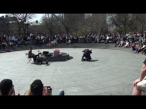 Video#1405 Acrobat Twins 2014