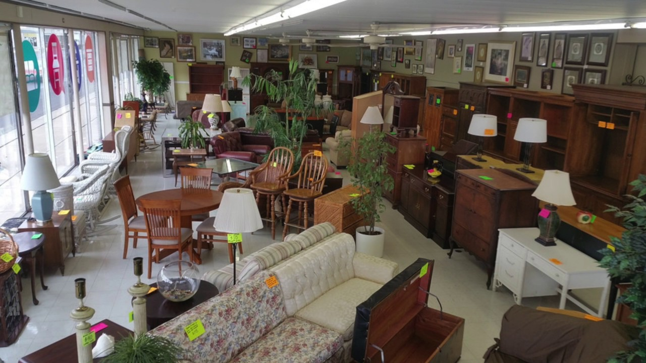 Furniture Store In Chicago Area   (219) 554 5100 Community Furnishings