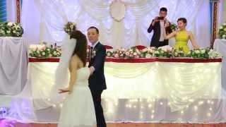 Первый танец молодоженов, свадьба в Элисте, Калмыкия, 28.08.2015. Бадма и Рая