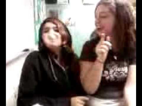 PRANKING MY SISTER REAL BAD!!!!!Kaynak: YouTube · Süre: 1 dakika35 saniye