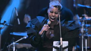 Skunk Anansie-You Do Something To Me (Live In London An Acoustic)