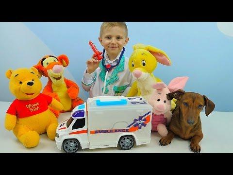 Машинка Скорая Помощь и Доктор Даник - Лечим собачку Фокси,  Винни Пуха и его друзей. Для детей