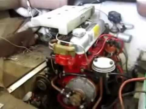 Volvo Dual Carb 4 Cylinder Engine Runs Great! 130 HP 1974 - YouTube