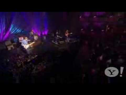 Coldplay - Death And All His Friends.flv