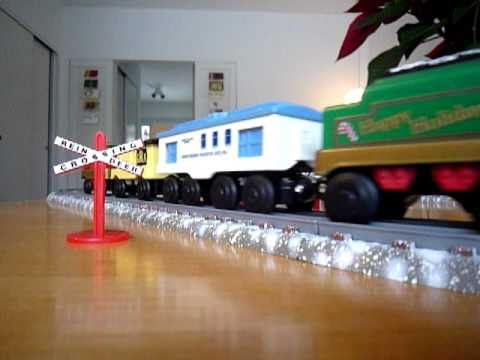 Lionel Holiday Flyer - A battery operated toy train set - YouTube