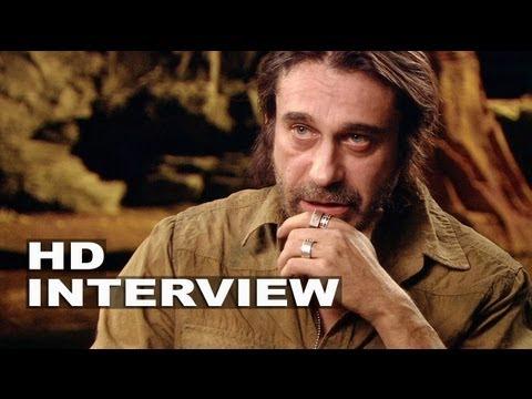 "Riddick: Jordi Molla ""Santana"" On Set Interview"