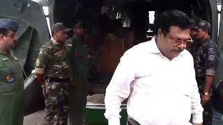 Скачать JSGLIVE IN IAF Chopper Carrying Late Sgt H K Patel S Body At Jharsuguda
