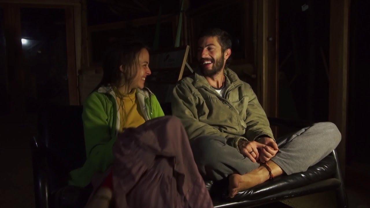 GECO20  Earth Castle Trailer