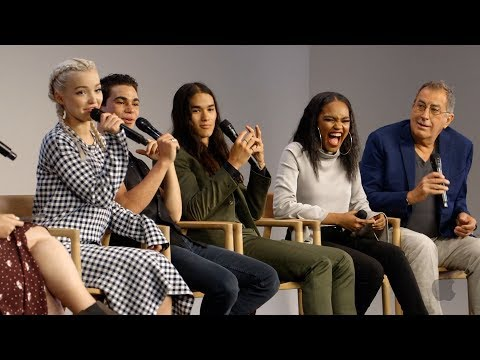 Descendants 2 Cast Interview with Dove Cameron, Cameron Boyc