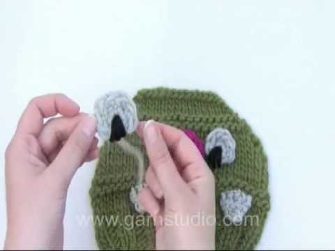 c1ad220eff6 How to crochet an eye for the hat in DROPS Extra 0-931 - YouTube