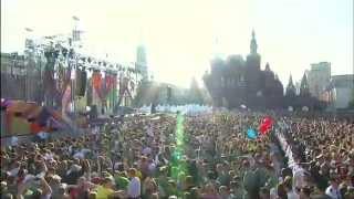 День России 2012 - Елка - На большом воздушном шаре