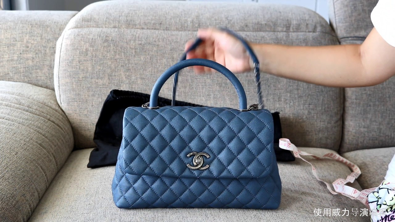 6226de54a001 Chanel CoCo Handle Review /What fits in it ? - YouTube