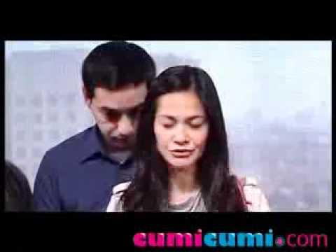 Ariel & Cut Tari Lihat Video Porno Bareng - CumiCumi.com
