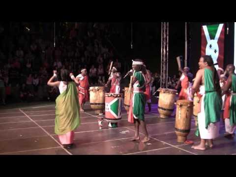 """""""Royal Burundi drums"""" , Kishora , Burundi  : Ples  Abatimbo   /regija Gitega /"""