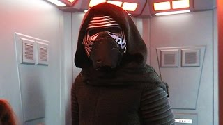 KYLO REN STANDOFF!!! - Star Wars Disney May the 4th Be With You at Hollywood Studios