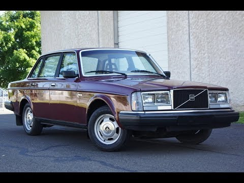 1983 Volvo 240dl Burgundy