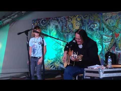 Axel Ellis & Bill Miller sing Folsom Prison Blues at KAXE M