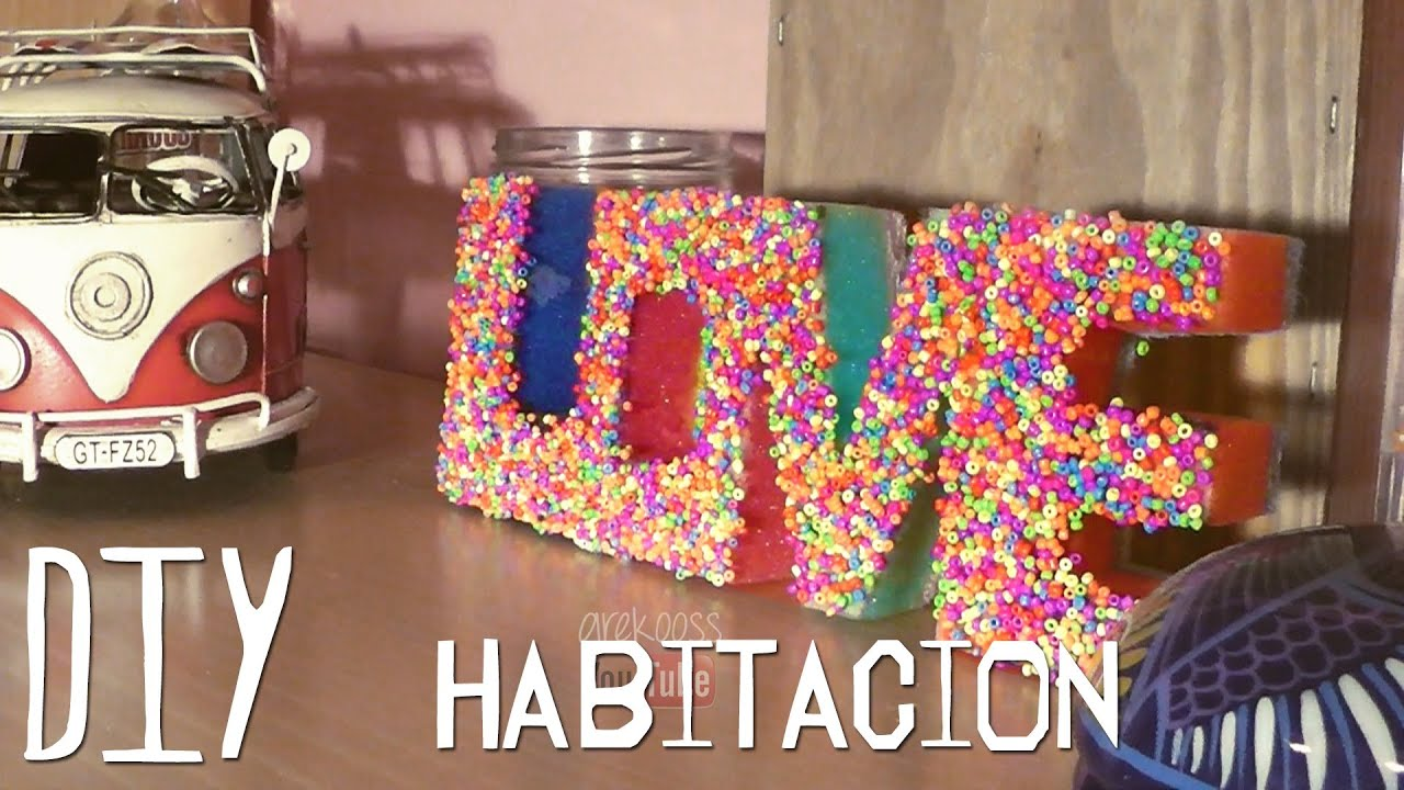 Decora tu habitaci n con esponjas y bolitas youtube for Ideas faciles para decorar una habitacion