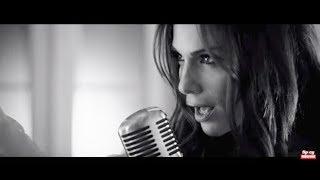Δέσποινα Βανδή - Χάνω εσένα | Despina Vandi - Xano esena - Official Video Clip.mp3