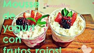 Postre delicioso y fácil de hacer!!(Mousse de yogurt con frutos rojos)/Mon♥