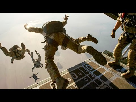 EPIC! MARSOC, Navy SEALs, Special Operations Awesome Parachute Jumps