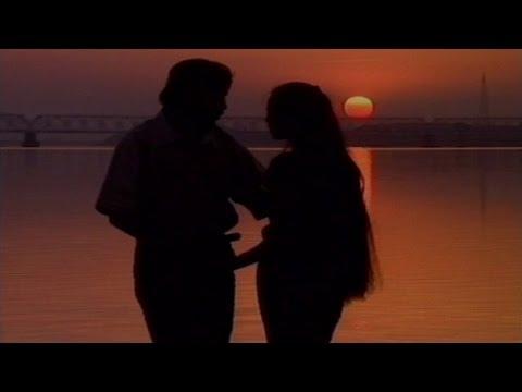 Kemiti Kahibi (2000 Love) - Hit Oriya Video Song