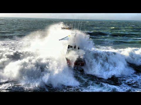 Sea trials of the Interceptor 48 Pilot 'Belgrano' by Safehaven Marine.