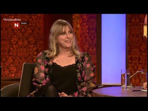 Ylvis - Guest Susanne Sundfør - IKMY 05.01.2016 (Eng subs)