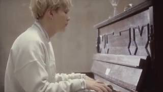 SUGA PLAYING I NEED U (PIANO VER.)