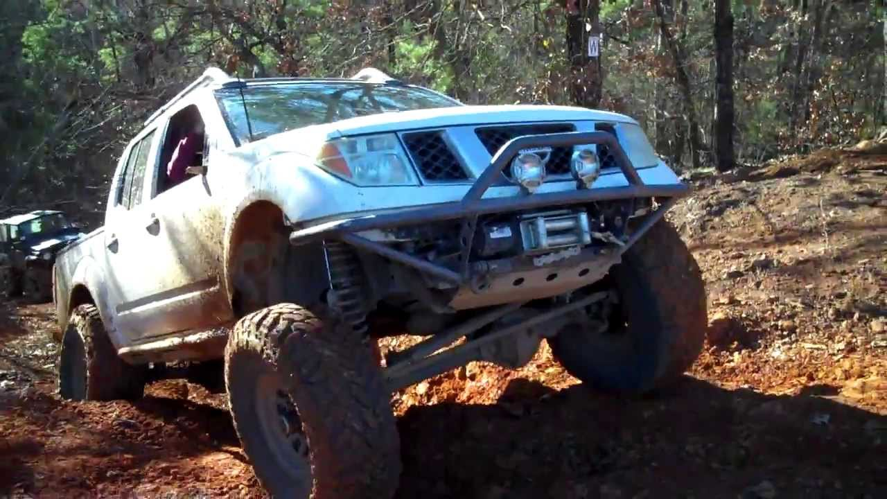 Nissan Frontier Lifted >> D40 Nissan Frontier SAS on jeep eater at BMRA - YouTube