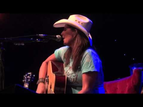 Terri Clark sings Poor, Poor Pitiful Me at Infinity Music Hall, Norfolk, CT - Mar 9, 2012