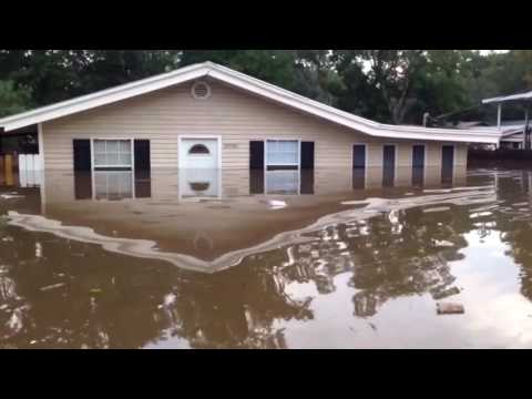 2016 Louisiana Floods, Worst Flooding, Family Survives Flood, Fights Disaster