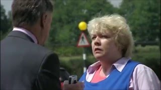 Video The Thick of It - CAN YOU PLEASE SHUT UP! download MP3, 3GP, MP4, WEBM, AVI, FLV Agustus 2017
