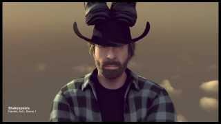 Chuck Norris supera Van Damme na propaganda da Volvo / Greetings from Chuck The epic christmas split