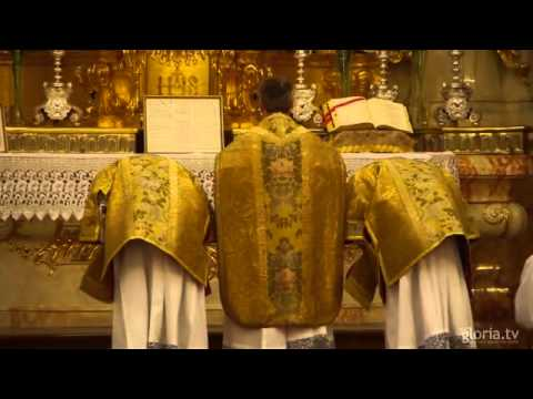 Tridentinische Messe In Der Alten Kapelle Regensburg