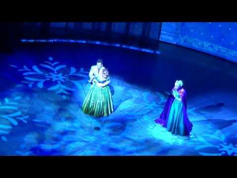 Disney California Adventure Frozen 2016