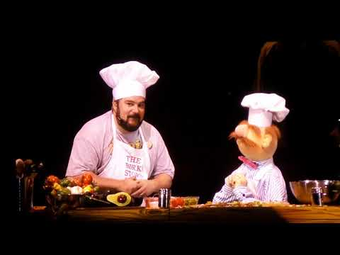 The Muppets - Swedish Chef & Bobby Moynihan - Live @ Hollywood Bowl 9/9/17