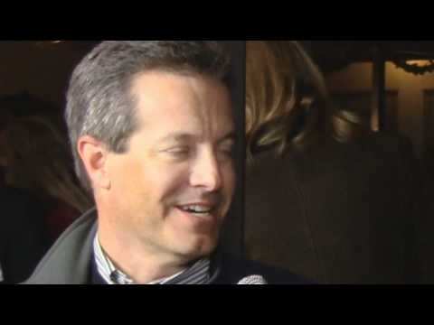Dave Lesser Supports Manhattan Beach Roundhouse - Viral Publicity Business Networking