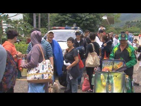 Venezuela crisis crosses into Colombia