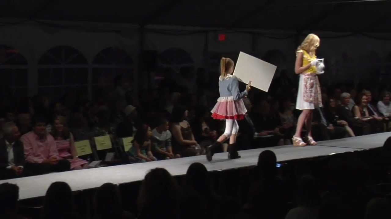 Moore College Of Art Design Fashion Show 2011 Sophomore Childrenswear Youtube