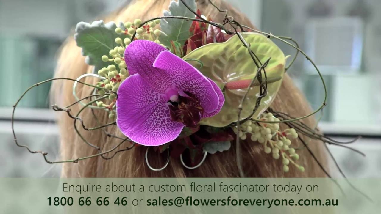 How to Make a Fresh Flower Fascinator for Your Hair - Live from Flowers for  Everyone Sydney HQ 194408df393