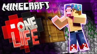 VISITING THE SPOOKY MANSION! | One Life SMP #32