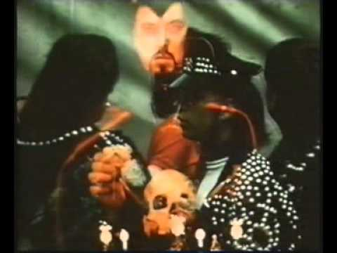 Kenneth Anger - Invocation of My Demon Brother. (1969)