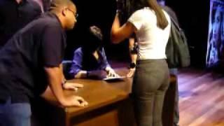 Baixar Demi Lovato - Tarde de autógrafos (Mixfm)