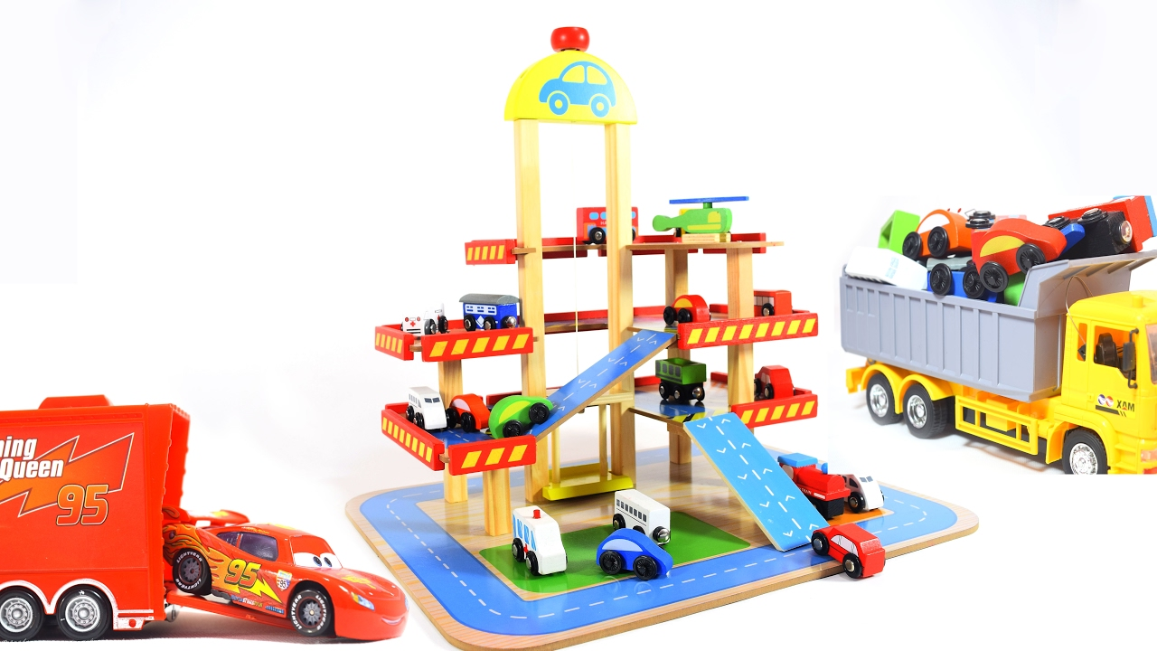 Parking Garage Playset with Rail Road for Kids Children Toddlers Boys Blue YAKOK Parking Lot Toy Garage with 6 Alloy Cars and Traffic Accessories